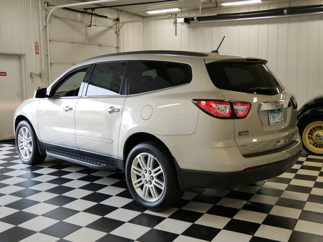 Used 2014 Chevrolet Traverse 1LT with VIN 1GNKVGKD5EJ284950 for sale in Rochester, Minnesota